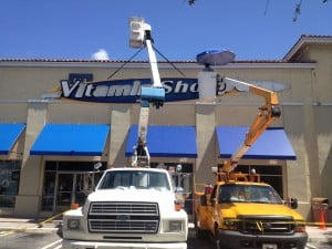 Vitamin Shoppe - channel letters - installation - sign service
